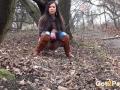 squattingandpeeinginforest