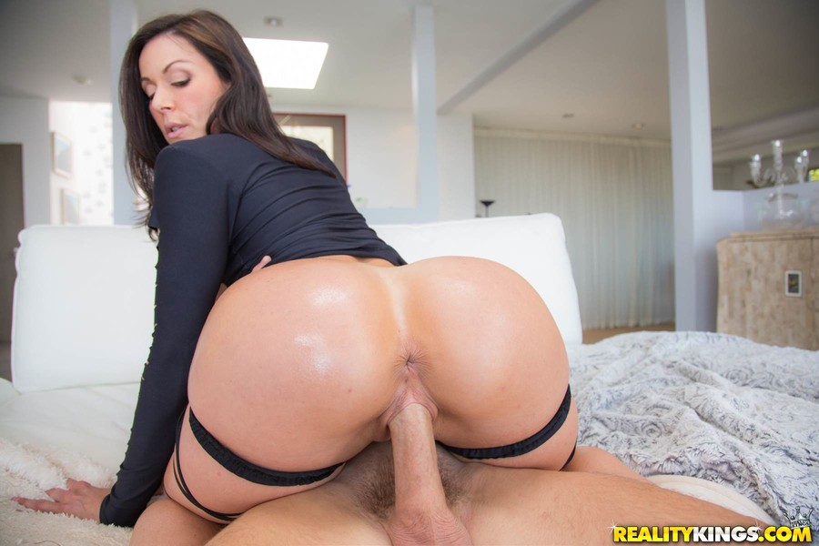 image Fat ass ryan smiles takes huge cock